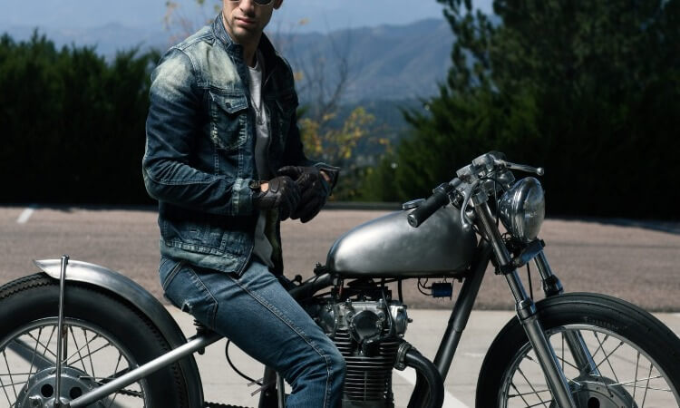 How To Stretch Motorcycle Leathers A Step-By-Step Guide